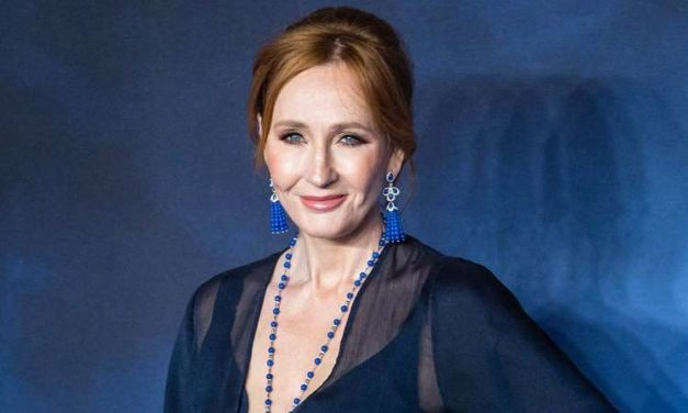 """J.K. Rowling Reveals She Suffered From Covid-19 Symptoms But Has """"Fully Recovered"""""""